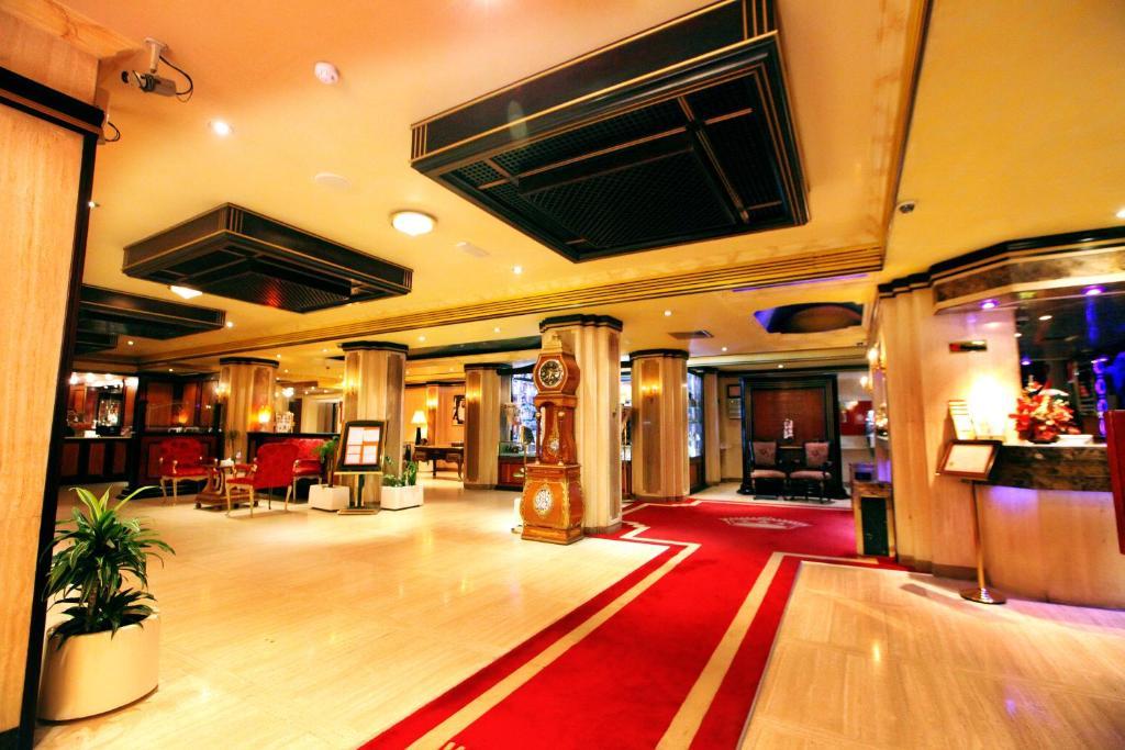 City star hotel dubai online booking viamichelin for Dubai six star hotel