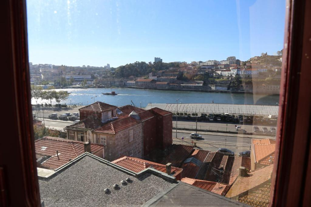 Oporto river view apartments porto portugal - Booking oporto apartamentos ...