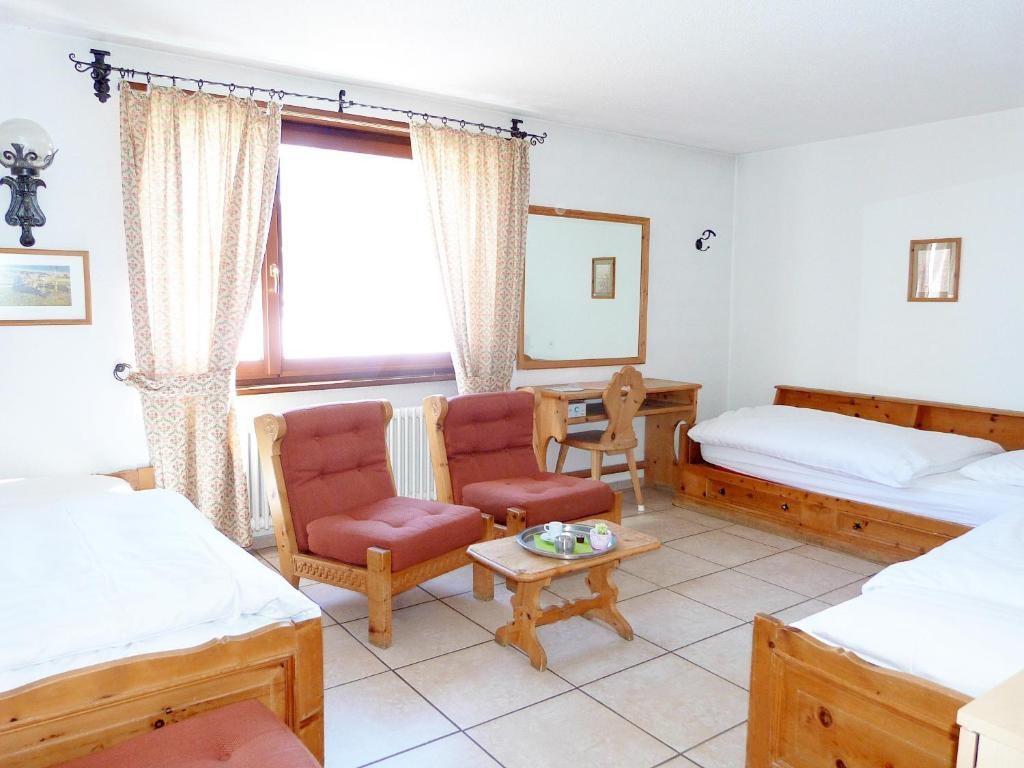 Guesthouse + Aparthotel Chesa Silva