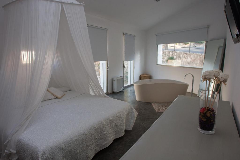 Accesorios Baño Xativa:La Maga Rooms – Xàtiva- reserva tu hotel con ViaMichelin