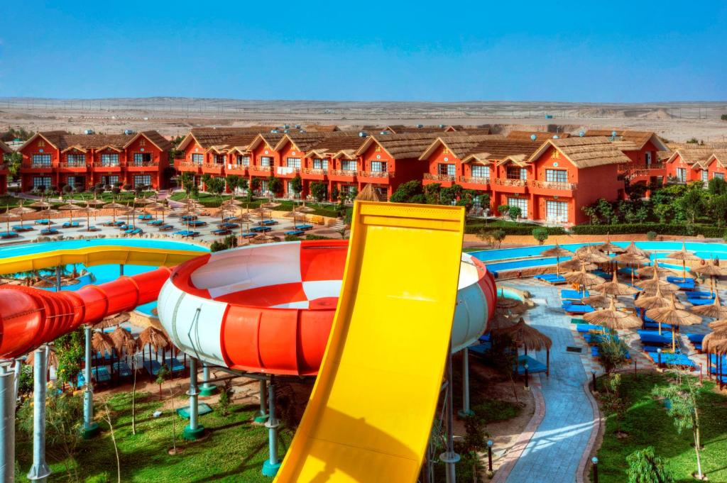 Jungle aqua park r servation gratuite sur viamichelin for Aqua piscine otterburn park