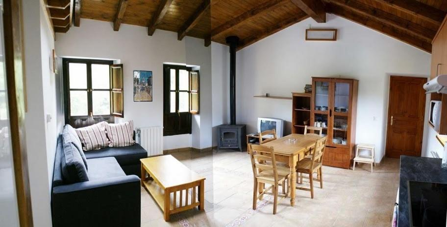 El pontarron apartamentos pesu s viamichelin informatie en online reserveren - Apartamentos baratos asturias ...