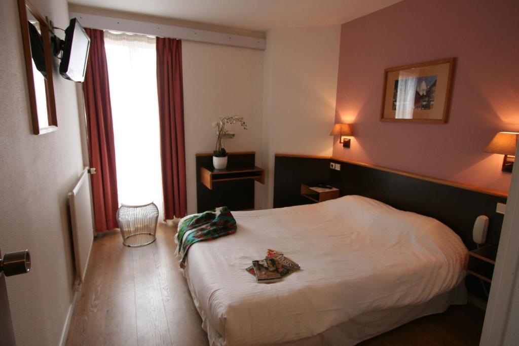 Denfert montparnasse r servation gratuite sur viamichelin for Hotel sans reservation paris