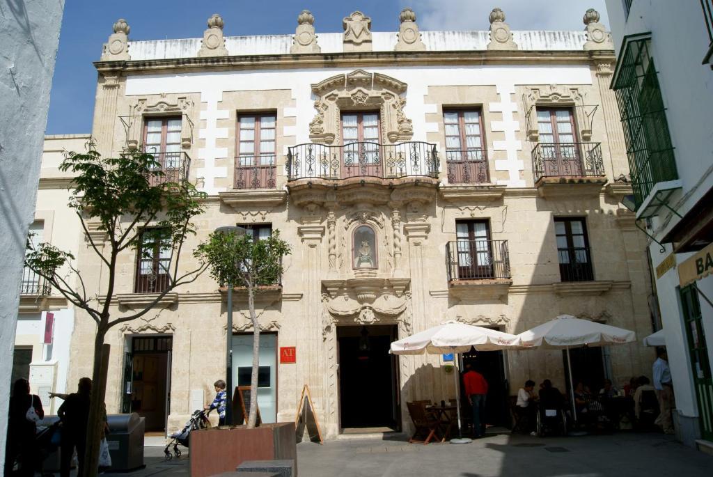 Top deals apartment casa palacio los leones el puerto de - Casa puerto santa maria ...