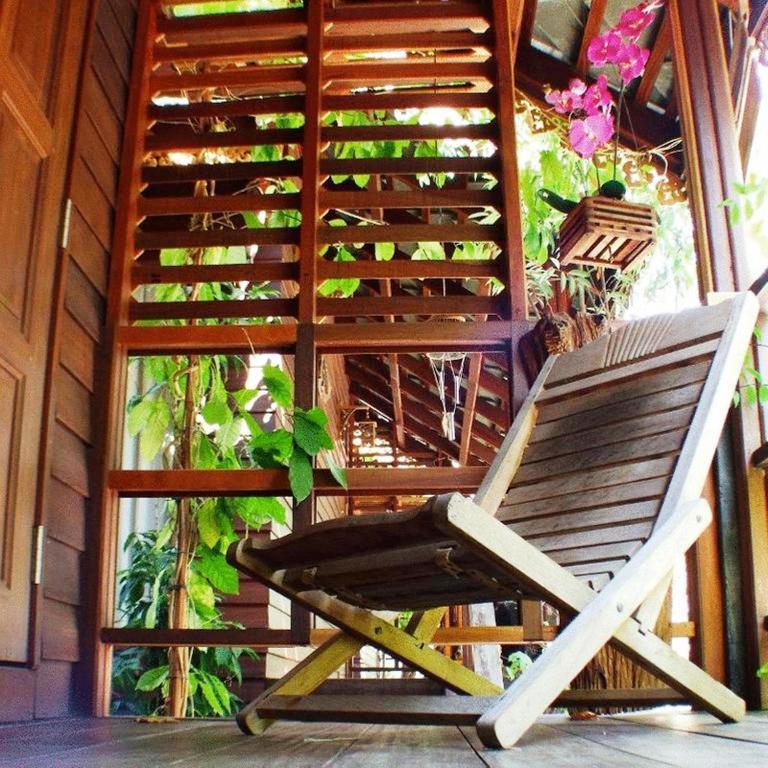 Mac garden resort restaurant book your hotel with for Macintosh garden