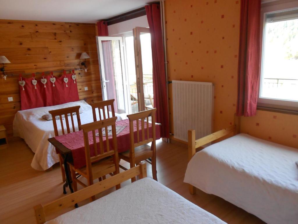 Hotel L Orée Du Bois - H u00f4tel L'Orée du Bois Réservation gratuite sur ViaMichelin