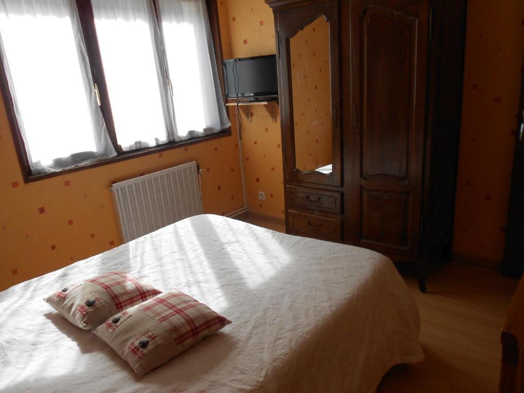 Hotel L Orée Du Bois - H u00f4tel L'Orée du Bois Gérardmer book your hotel with ViaMichelin