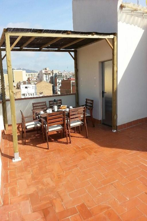 Apartamentos tenor barcelona informationen und for Appart hotel 08028