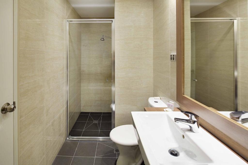 Quality hotel ambassador perth perth informationen und for 207 adelaide terrace perth