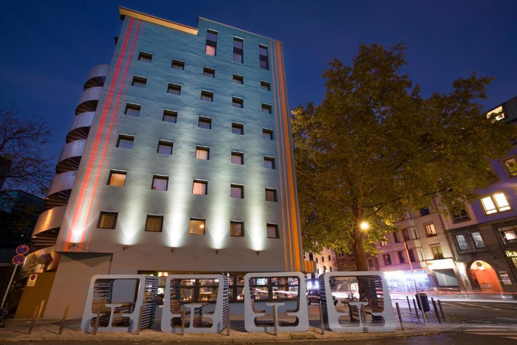 25hours hotel the goldman frankfurt am main informationen und buchungen online viamichelin. Black Bedroom Furniture Sets. Home Design Ideas