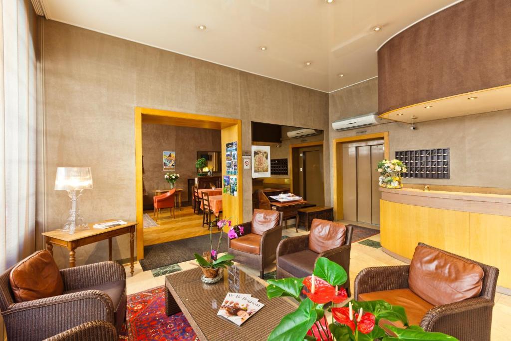hotel du nord besan on viamichelin informatie en online reserveren. Black Bedroom Furniture Sets. Home Design Ideas