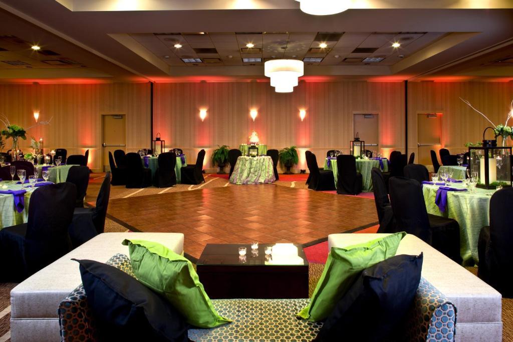 Hilton Garden Inn White Marsh Middle River Reserva Tu Hotel Con Viamichelin