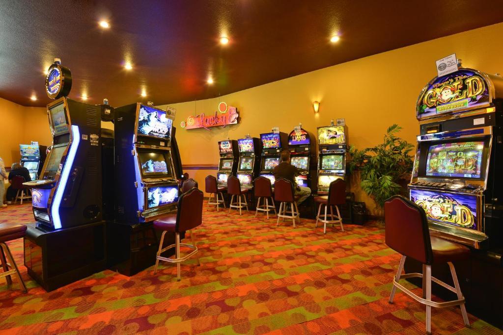 lucky 8 casino deadwood sd