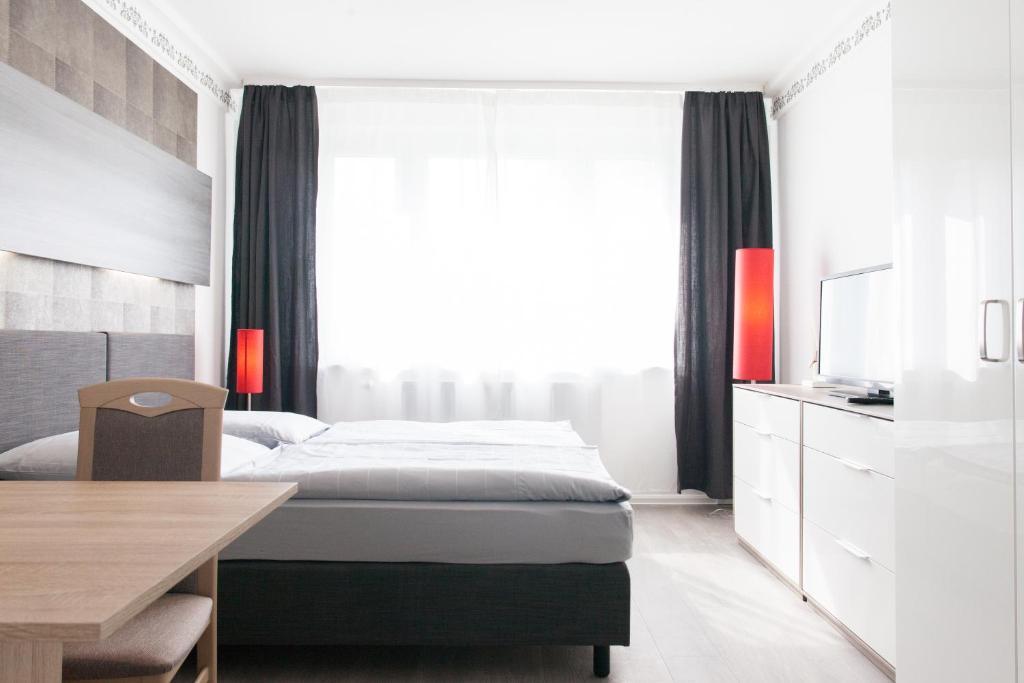Zwenkauer See Hotel