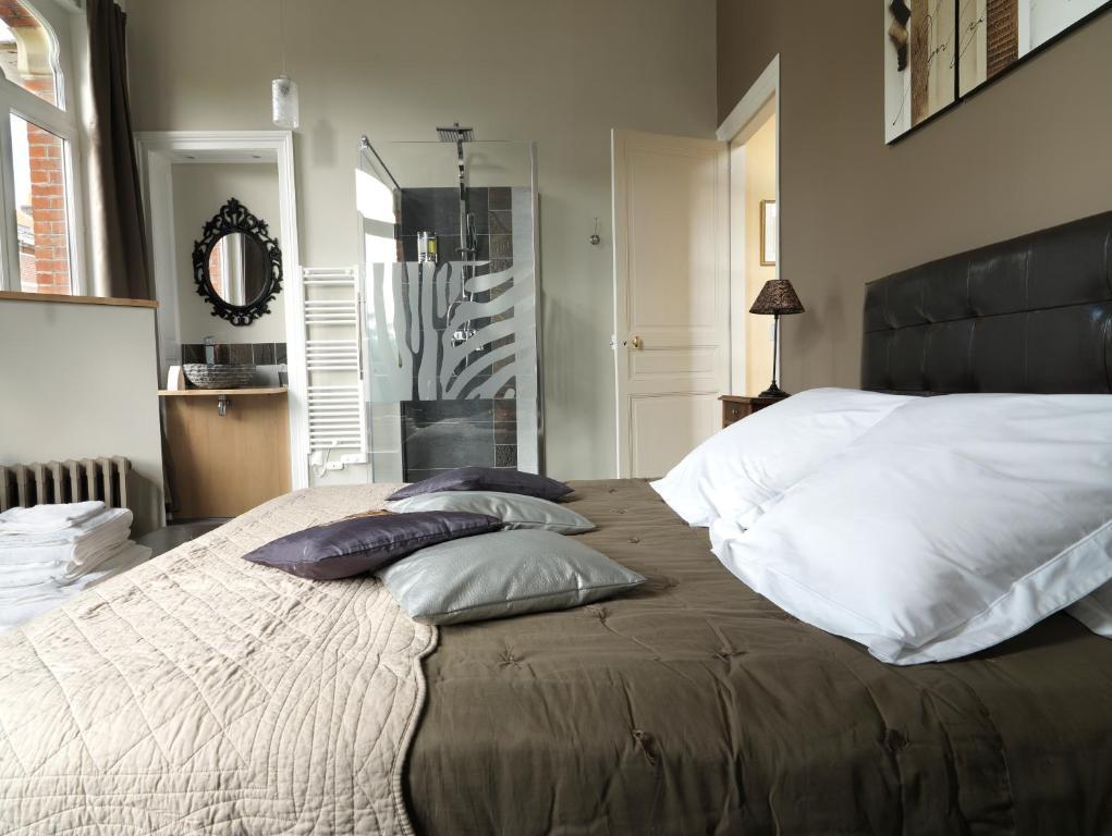 b b lille aux oiseaux r servation gratuite sur viamichelin. Black Bedroom Furniture Sets. Home Design Ideas