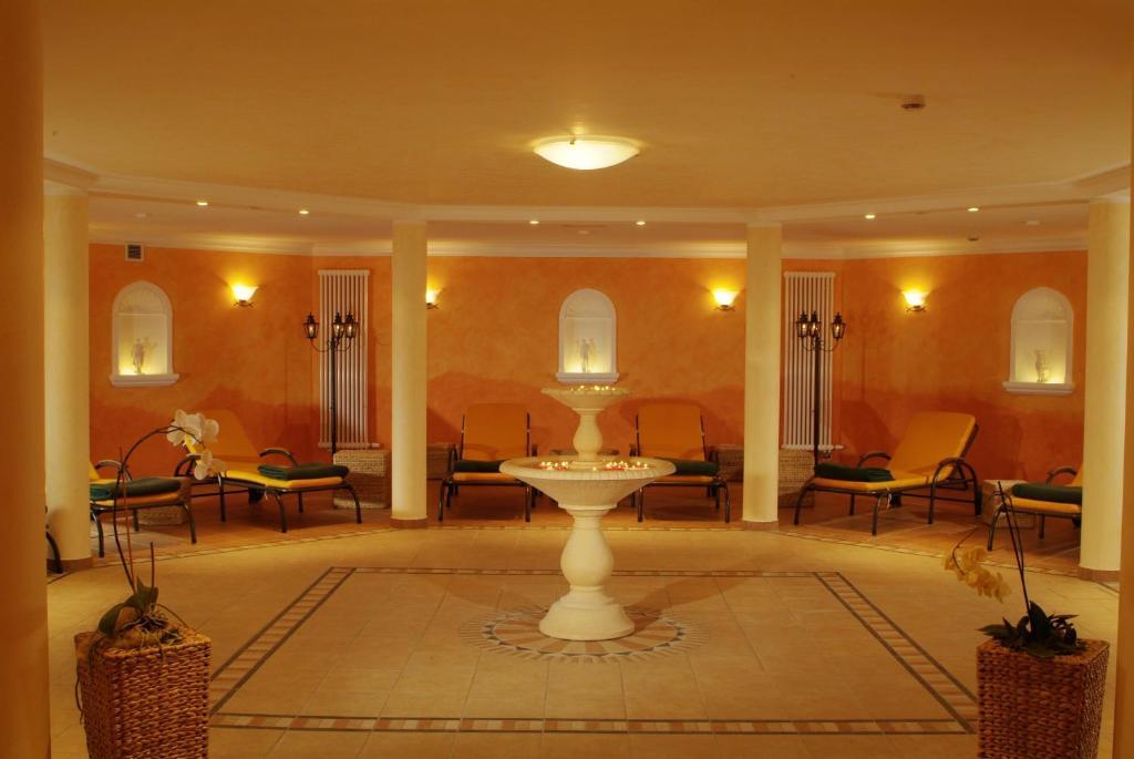 ringhotel hotel zum stein oranienbaum informationen und buchungen online viamichelin. Black Bedroom Furniture Sets. Home Design Ideas