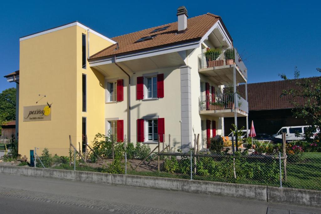Chambres d 39 h tes b b perron13 chambres d 39 h tes murten for Chambre d hote suisse