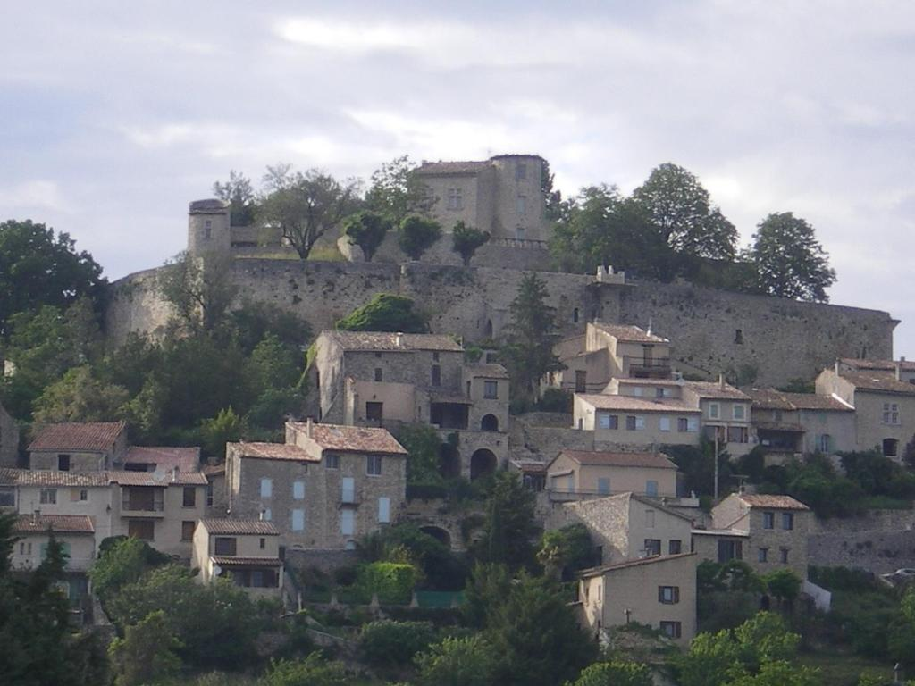 Chambre d 39 h tes forcalquier book your hotel with for Chambre d hotes aix