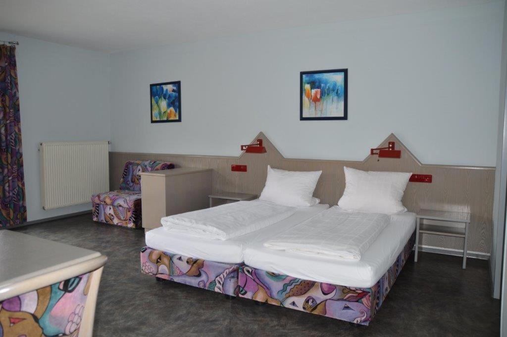 Hotel gasthof linde r servation gratuite sur viamichelin for Canape konstanz
