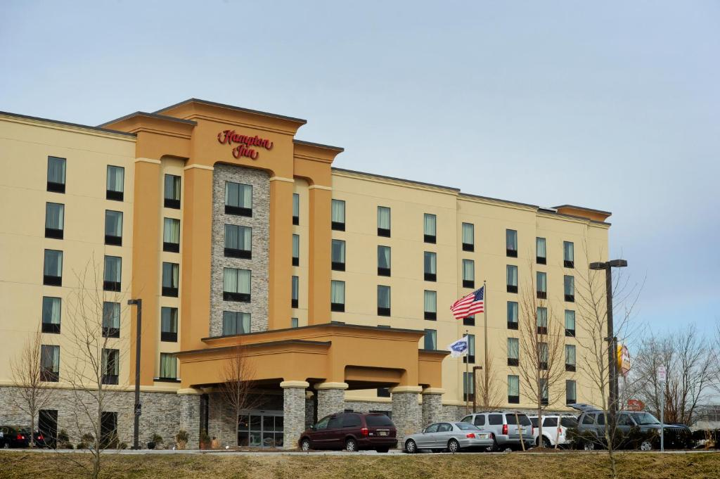 Hampton inn neptune shark river hills book your hotel for Hotels 07753