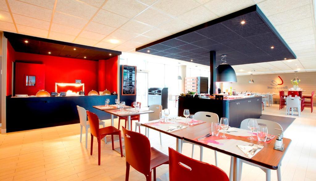 Hotel Campanile Stade De France