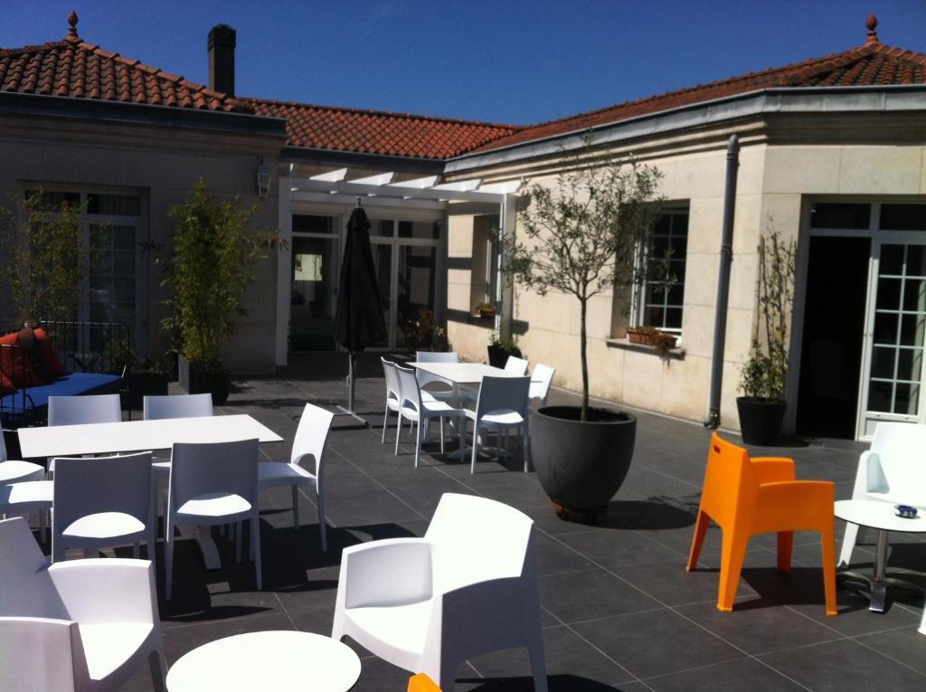 la villa - bordeaux chambres d'hôtes, bed & breakfast bordeaux