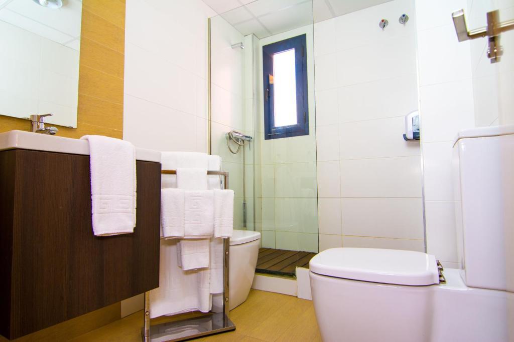Apartamentos 16 9 suites almer a almer a book your hotel with viamichelin - Apartamentos almeria ...