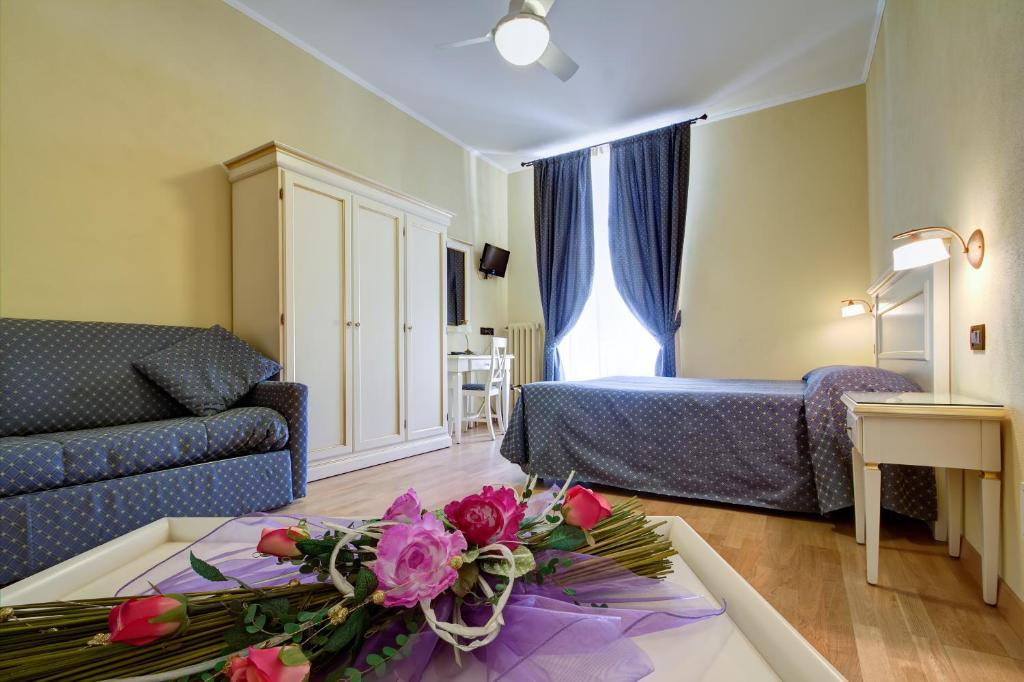 Buy a room in hotel in Alassio