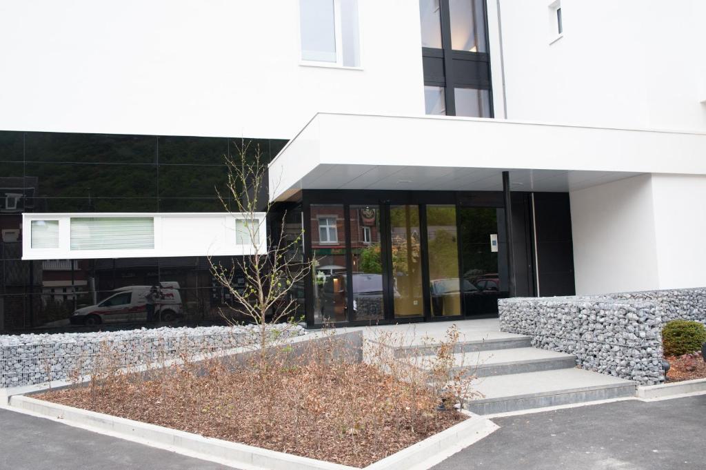 best deals for appart 39 hotel urban lodge chaudfontaine belgium. Black Bedroom Furniture Sets. Home Design Ideas