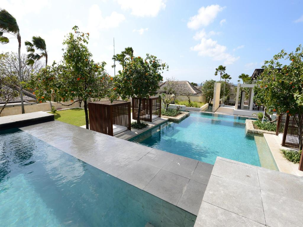 Villa the bale nusa dua indonesia for Bali indonesia hotel booking