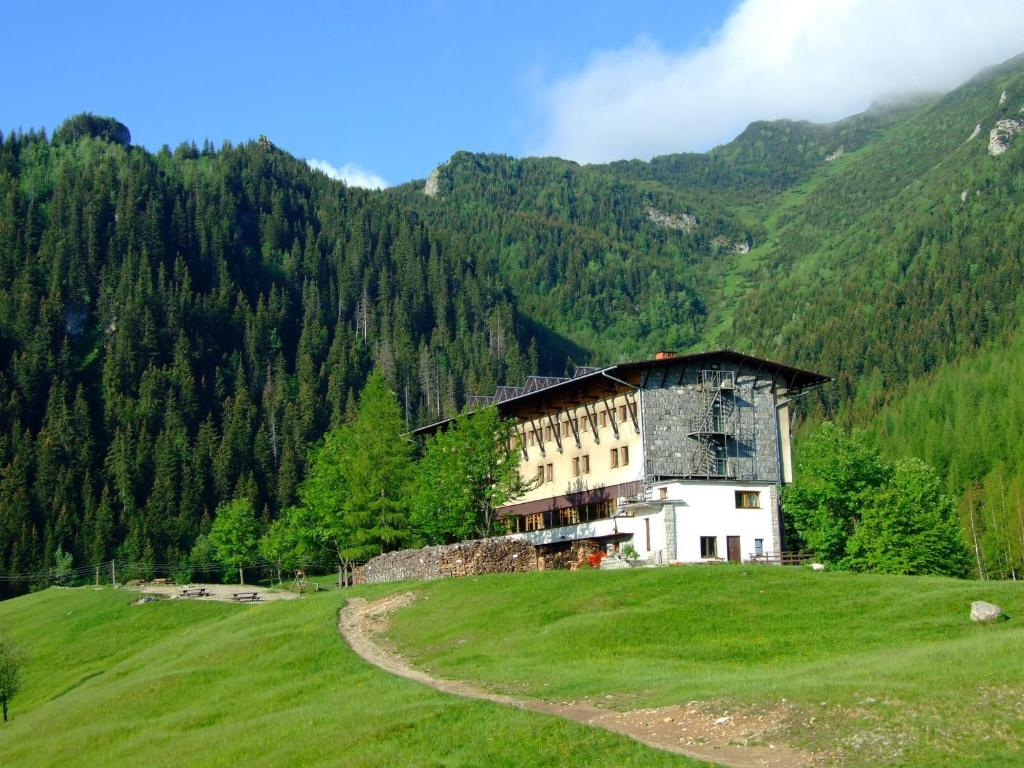 Hotel g rski kalat wki r servation gratuite sur viamichelin for Reservation gratuite hotel