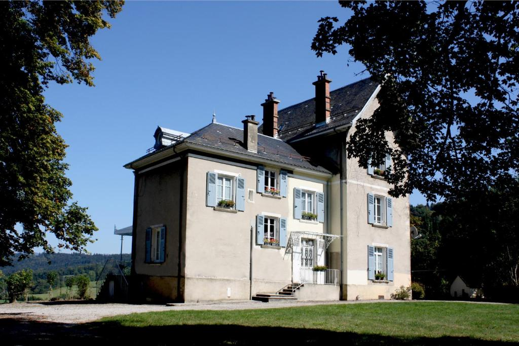 Montchateau chambres d 39 h tes bed breakfast in merlas - Chambre d hote isere 38 ...
