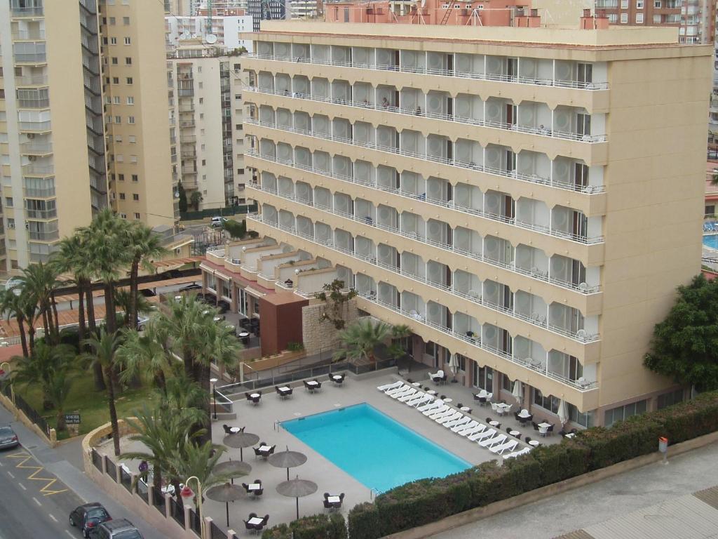 Отель marina бенидорм шоппинг