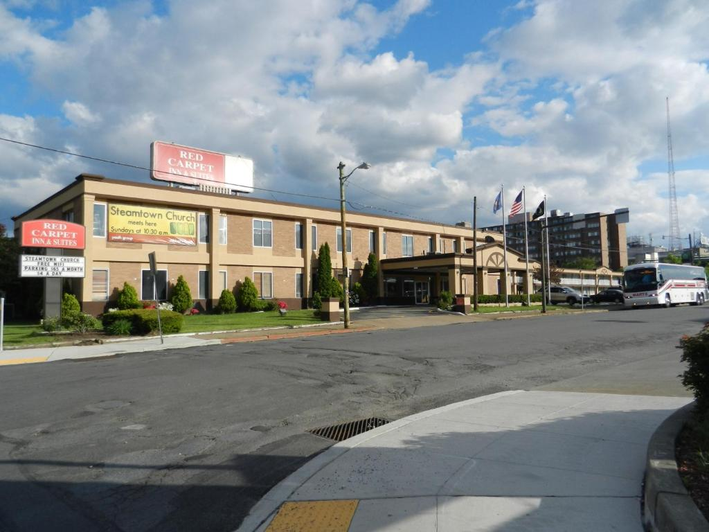 Promo 77 Off Red Carpet Inn And Suites New Milford New