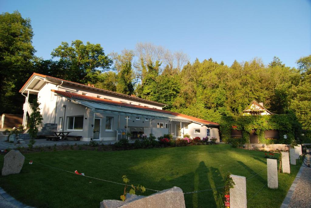 Gaestezimmer am moeslepark freiburg r servation - Office du tourisme freiburg im breisgau ...