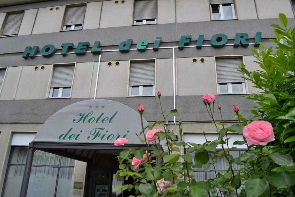 Hotel Dei Fiori Via Renzo E Lucia  Milano