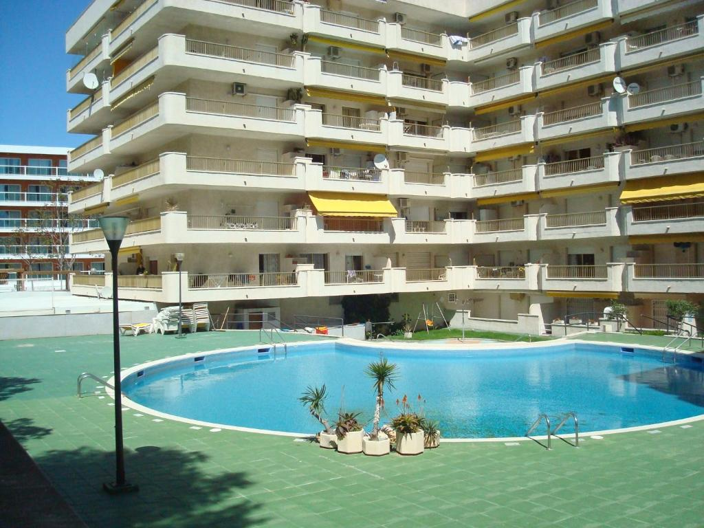 Click booking apartamentos atalaya center r servation for Reserver sur booking