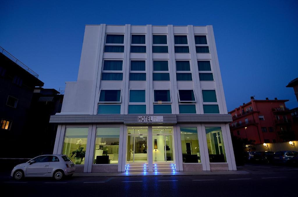 Hotel san giuliano accettura webcam