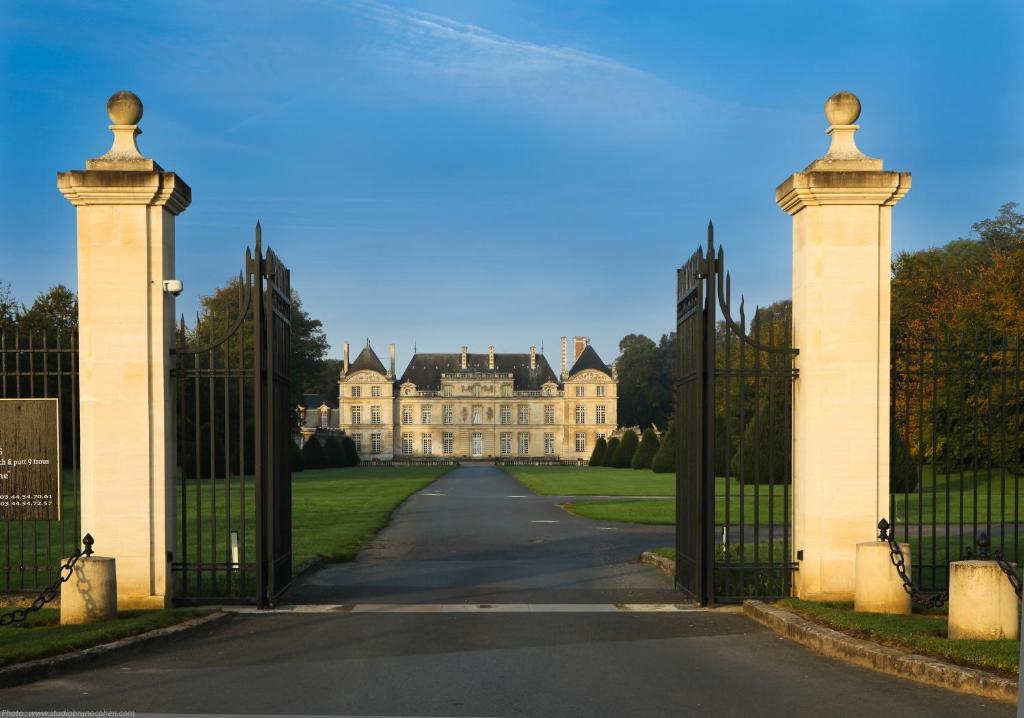 Restaurant Du Chateau De Raray