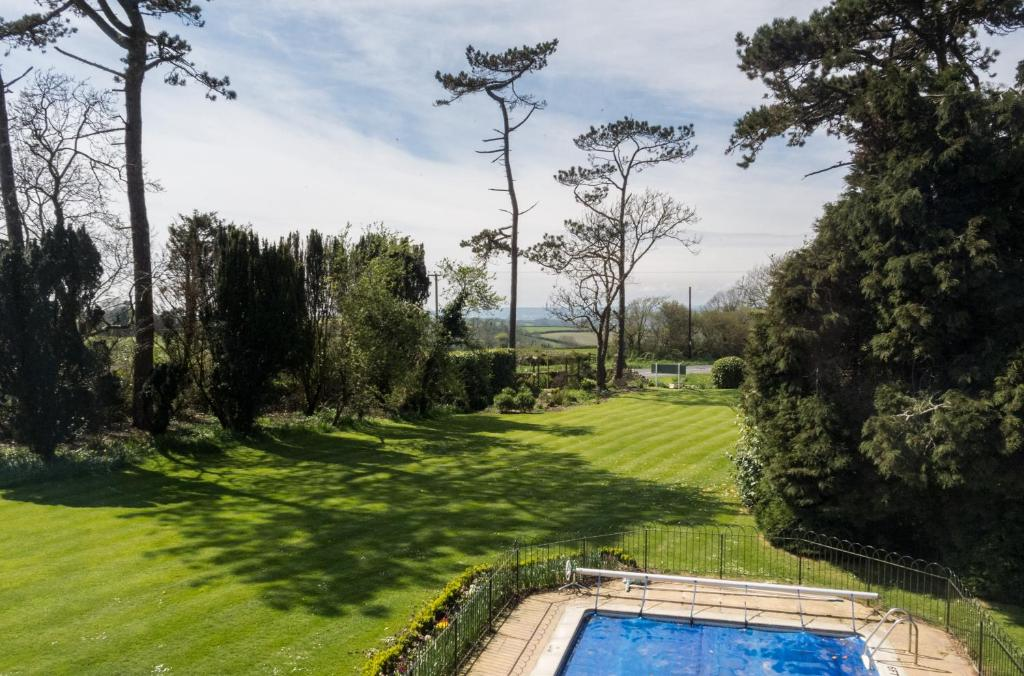 Hotels In Lyme Regis With Swimming Pool