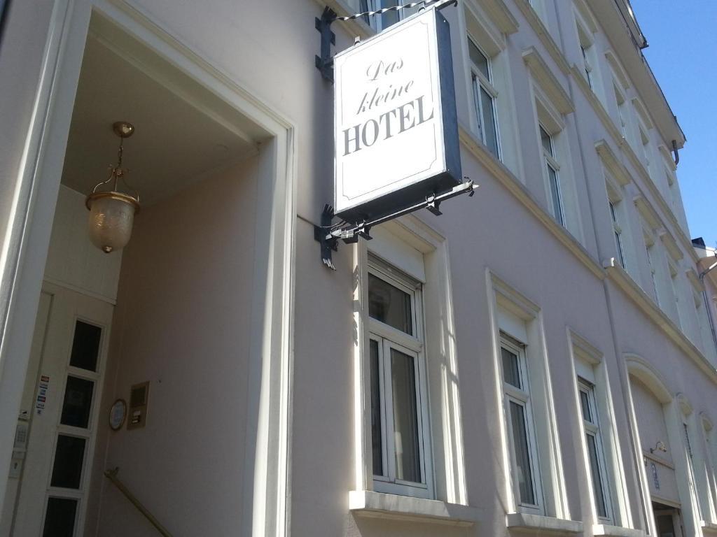 Das kleine hotel wiesbaden online booking viamichelin for Designhotel wiesbaden