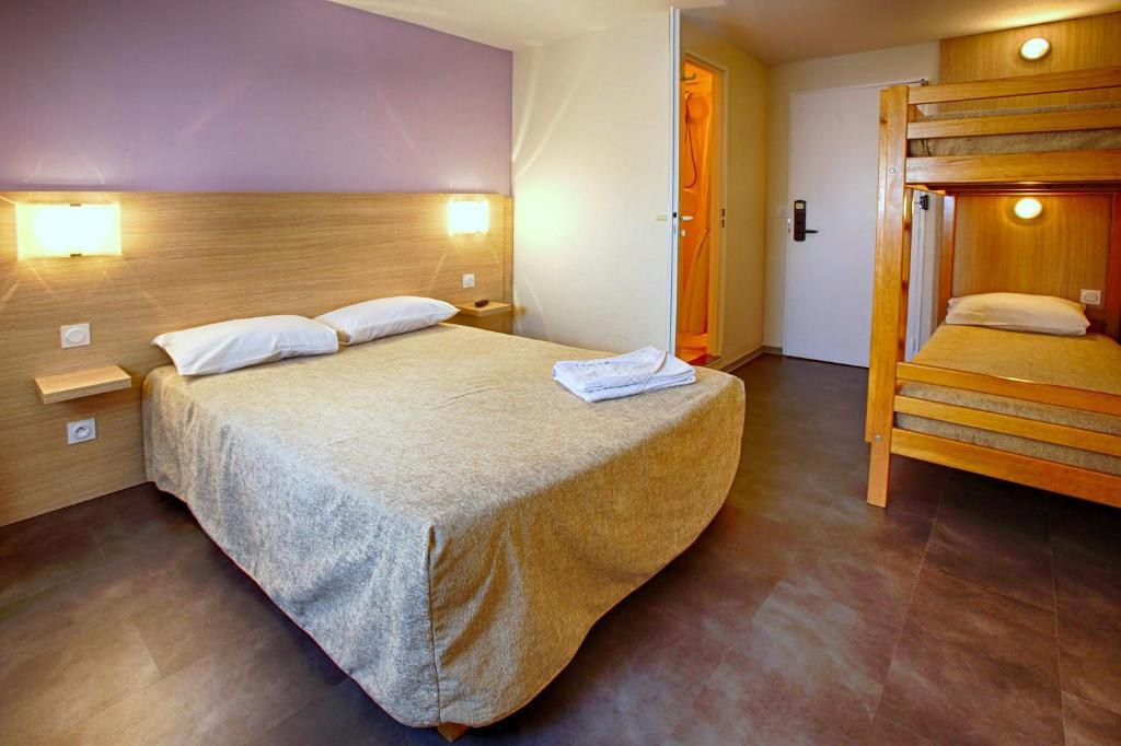 Hotel Formule Club Cenon