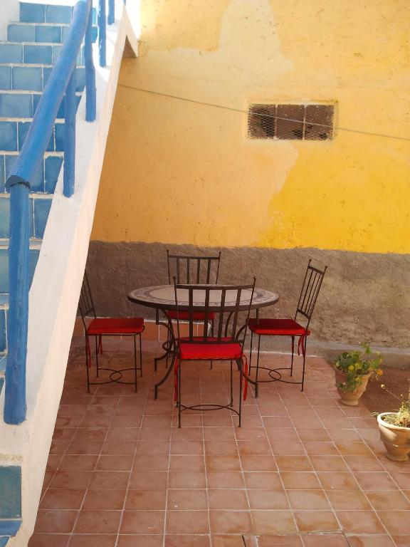Maison traditionnelle oued massa holiday home tassila for Maison traditionnelle