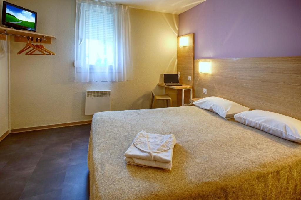 Hotel formule club artigues pr s bordeaux book your for Discotheque a bordeaux