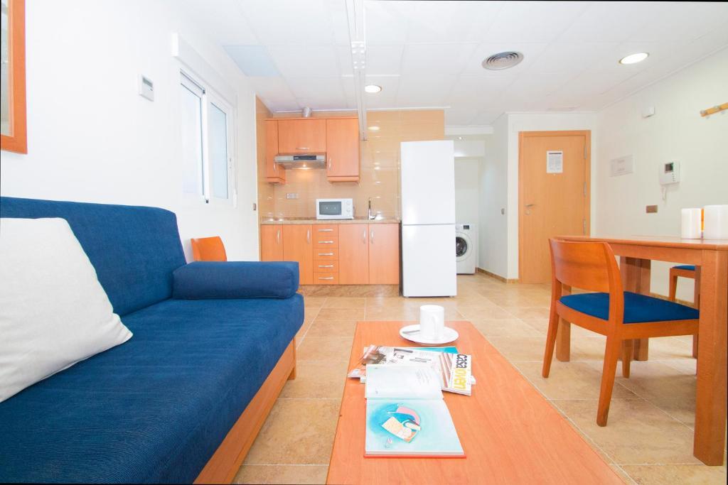 Apartments viveros valencia reserva tu hotel con for Habitaciones familiares valencia
