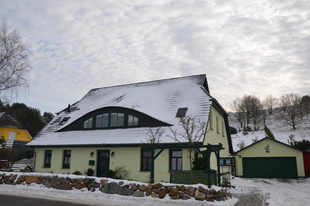 Hotels In Middelhagen Deutschland