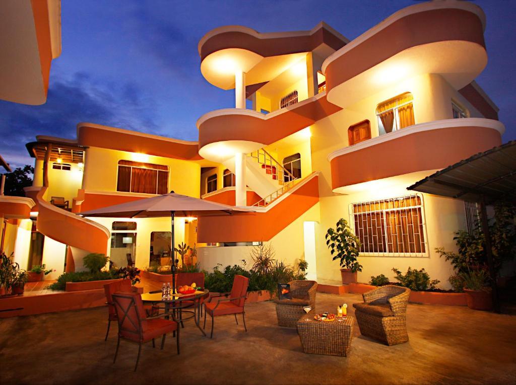 Hotel del sol galapagos r servation gratuite sur viamichelin for Hoteles puerta del sol baratos
