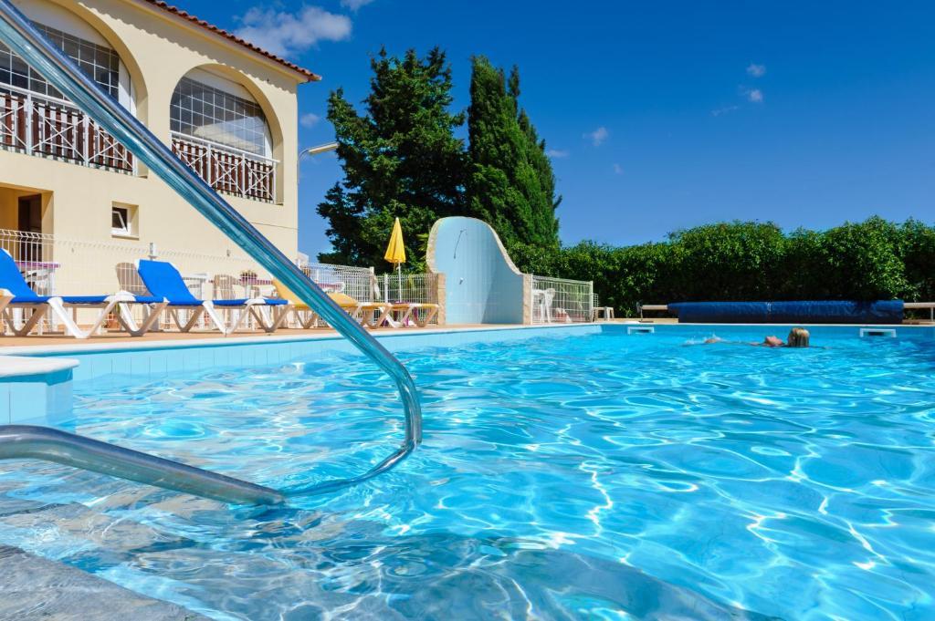 Villa welwitshia mirabilis lagoa prenotazione on line - Villa mirabilis piscina ...