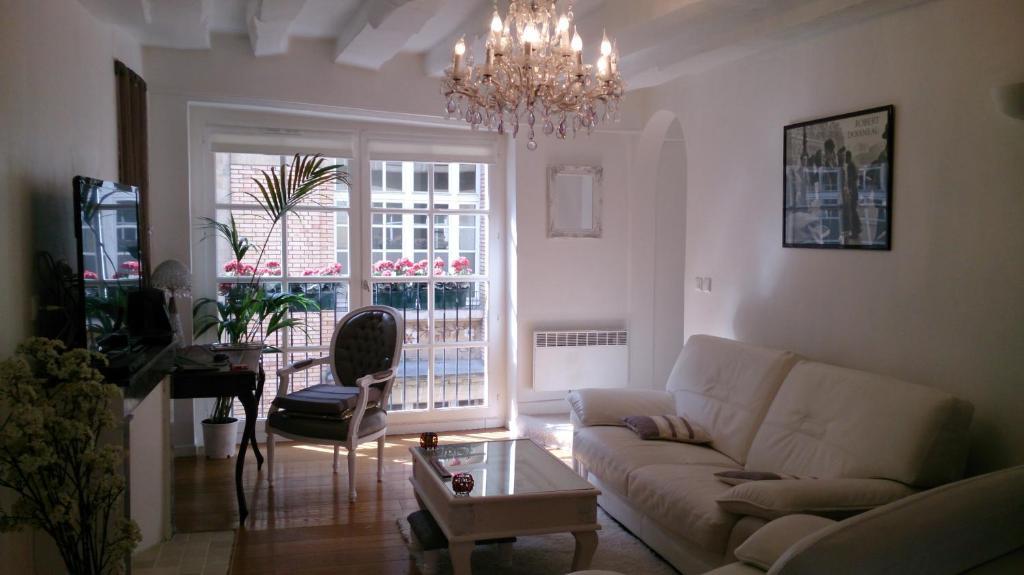 Magnifique appartement dans h tel particulier monument for Hotel paris 75