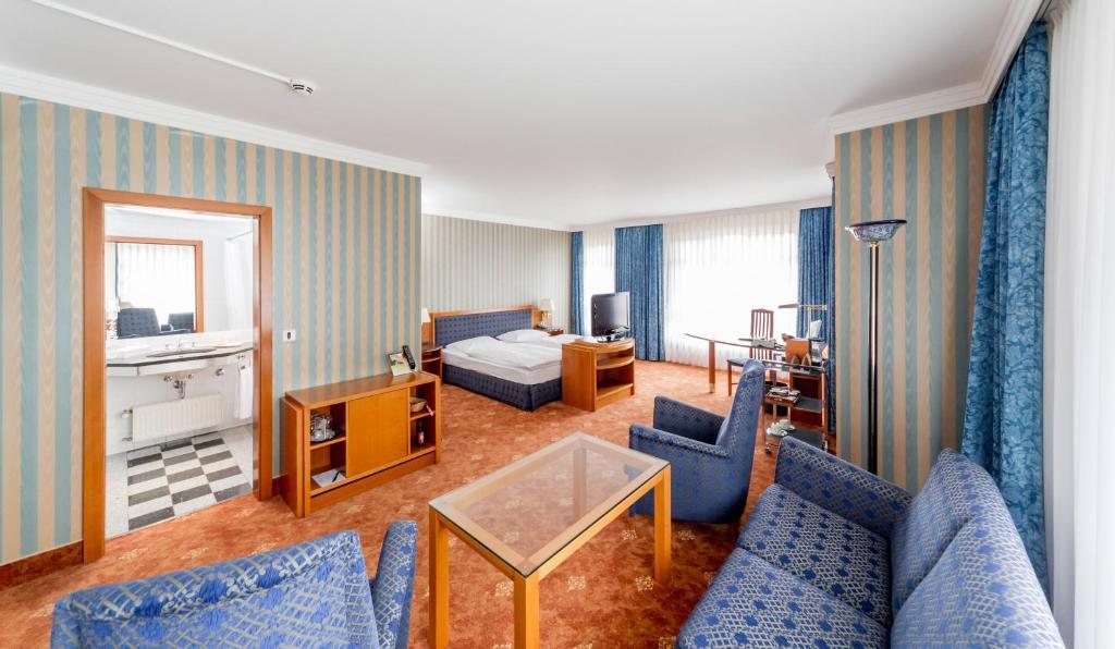 dorint herrenkrug parkhotel magdeburg magdeburg online booking viamichelin. Black Bedroom Furniture Sets. Home Design Ideas